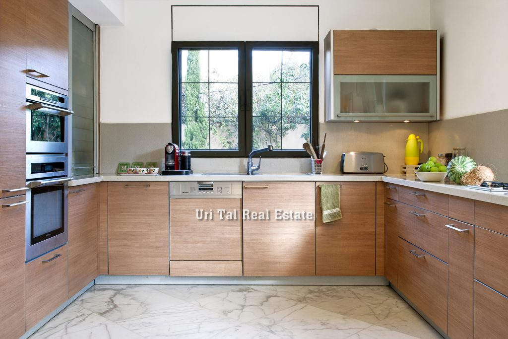 house for sale herzliya pituach