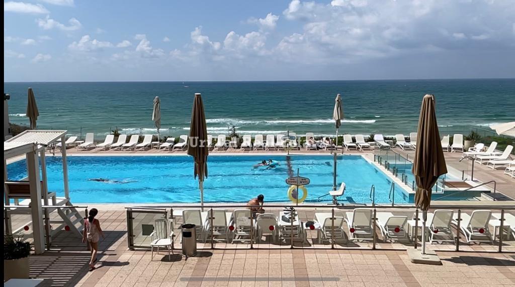 3- Herzliya Pituach luxury apartment for sale