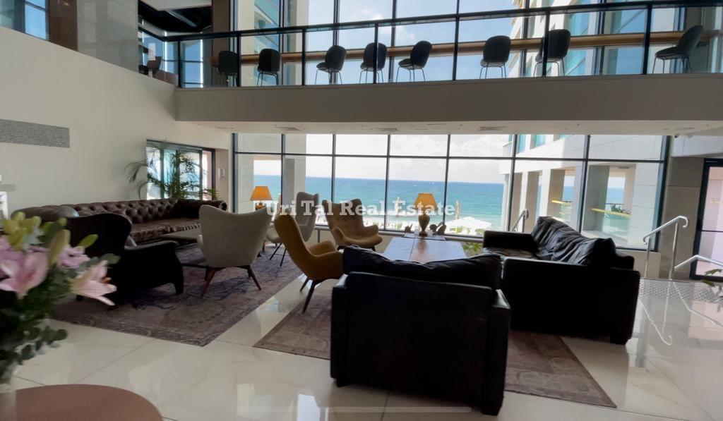 4- Herzliya Pituach luxury apartment for sale